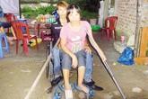 Tổ ấm 13m2 của cặp vợ chồng bại liệt