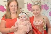 """Bé gái 9 tuần tuổi đã được phong là """"Nữ hoàng sắc đẹp"""""""