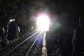 """""""Thâm cung bí sử"""" (54-7): Tia sáng cuối đường hầm"""