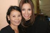 Ngắm những khoảnh khắc sao Việt giản dị bên mẹ