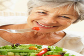 5 thực phẩm giúp chị em trẻ mãi không già