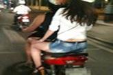 Hà Nội: Rộ tin 3 thiếu nữ bị rạch đùi trước Nhà hát Lớn