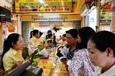 Bà nội trợ Việt vẫn thích tích cóp vàng