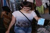 Tóc Tiên đeo khăn tang túc trực cả ngày bên linh cữu Wanbi Tuấn Anh