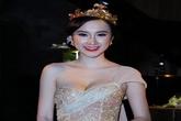 Angela Phương Trinh đội vương miện bằng vàng hóa nàng công chúa lộng lẫy