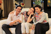 Sao Việt chia sẻ tình cảm với ba mẹ ngày Vu Lan