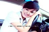 Những hot girl Việt còn ít tuổi mà đã sở hữu xế hộp bạc tỷ