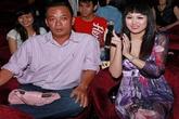 """Showbiz tuần qua: Phi Thanh Vân gây chấn động với nghi án """"cướp chồng"""""""