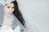 Thủy Tiên đẹp rạng rỡ trong váy cưới