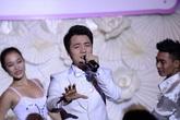 Đăng Khôi tặng vợ bài hát ngọt ngào trong ngày cưới