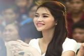Hoa hậu Đặng Thu Thảo đẹp mơ màng trên 'ghế nóng'