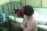 Hoàng Yến mệt mỏi trên giường bệnh sau tai nạn lật xe