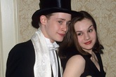 Các sao kết hôn khi vẫn ở tuổi teen