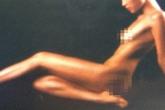 Cuối năm, siêu mẫu Việt tung ảnh nude gây choáng