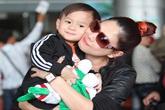 Bắt gặp bạn trai đại gia đưa đón Thanh Thảo và con nuôi ở sân bay