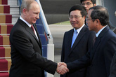 Đón Tổng thống Nga tại sân bay Nội Bài, Hà Nội