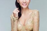 Thu Minh mặc váy trong suốt khoe vòng 1 siêu khủng