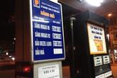 Giá xăng bất ngờ tăng 367 đồng/lít