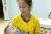 Lần đầu tiên Bệnh viện Nhi Thanh Hóa can thiệp bít lỗ thông thành công cho  bé 13 tháng tuổi bệnh tim bẩm sinh