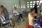 Khoa YHCT - Trung tâm Y tế huyện Gò Công Tây (Tiền Giang): Điểm tựa của bệnh nhân phục hồi chức năng