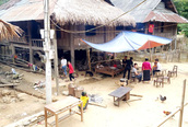 Nghệ An: Phớt lờ Chỉ thị 16, bản vùng cao vẫn tụ tập ăn vía linh đình