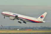 """Phát hiện mới nhất """"vật thể cứng"""" - xác chiếc máy bay MH370 mất tích bí ẩn?"""