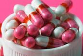 Lạm dụng thuốc kháng sinh: Nguy hiểm!