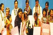 Phó Chủ tịch Quốc hội Tòng Thị Phóng: Cần duy trì vững chắc mức sinh thay thế