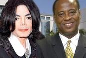 Sẽ khai quật mộ Michael Jackson?