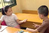 Ngăn chặn bạo lực gia đình từ… nhà trường