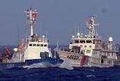 Các tàu Trung Quốc vẫn cố tình áp sát tàu Việt Nam