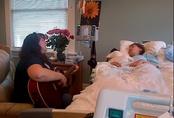 Lúc con gái ung thư rơi vào hôn mê sâu, ông bố đã chụp được khoảnh khắc xúc động, hút triệu lượt xem này