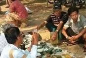 Choáng: Ngọc phỉ thúy thô bán đổ đống như rau ngoài chợ