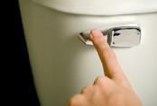 Cô gái hơn 20 năm mắc chứng 'nghiện' nhà vệ sinh