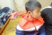 Vụ bố ruột dùng dây điện đánh đập con trai 9 tuổi dã man: 'Do tôi hơi nóng tính nên đã đánh con'