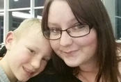 Bi kịch của cậu bé 9 tuổi: Đến bên giường chào tạm biệt mẹ đi học nào ngờ mẹ đã tử vong