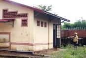 Bảo vệ trường tiểu học hại đời hai bé gái