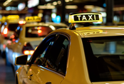 Học sinh gọi taxi đến đón, cha mẹ hô hoán con bị bắt cóc