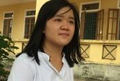 Nỗ lực phi thường của nữ sinh khuyết tật đạt điểm 10 môn Sinh học
