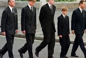 Hoàng tử Anh đau xót trước cách Hoàng gia làm đám tang cho công nương Diana