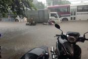 Quân đội điều xe đặc chủng ứng phó mưa ngập ở Thái Nguyên