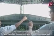 Phi công bị đình chỉ công tác vì để bé 10 tuổi lái máy bay