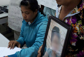 Vụ bé gái 13 tuổi tự tử nghi do hàng xóm xâm hại: Khởi tố bị can, bắt tạm giam nghi phạm