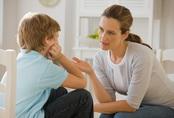 4 tín hiệu cho thấy trẻ sau này không hiếu thuận