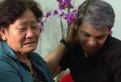Mẹ Sơn Ngọc Minh khóc nức nở khi nghe con công khai giới tính