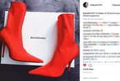 """Cả Ngọc Trinh và Kỳ Duyên đều đang bị đôi boots đỏ này """"mê hoặc"""""""