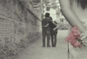Tâm sự của người phụ nữ cùng chồng mua hoa tặng bồ ngày 20.10