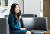 Nữ sinh 17 tuổi nhận bằng thạc sĩ trước khi tốt nghiệp trung học