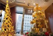"""Lóa mắt với loạt cây thông bằng vàng ròng """"sang chảnh"""", đắt giá nhất thế giới"""
