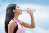 Duy trì những thói quen này sẽ giúp bạn cải thiện làn da khô